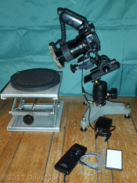 Equipment being used to take barkfly pictures, 5 January